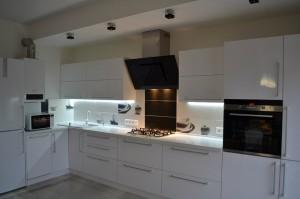 Кухня Эмаль 4